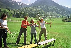 Archery in the Heutal valley